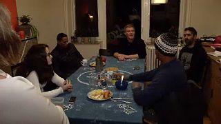 Belçikalılar sığınmacılara kucak açıyor