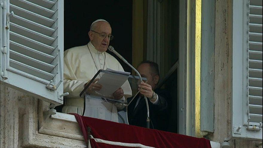 Papst gegen Fake News