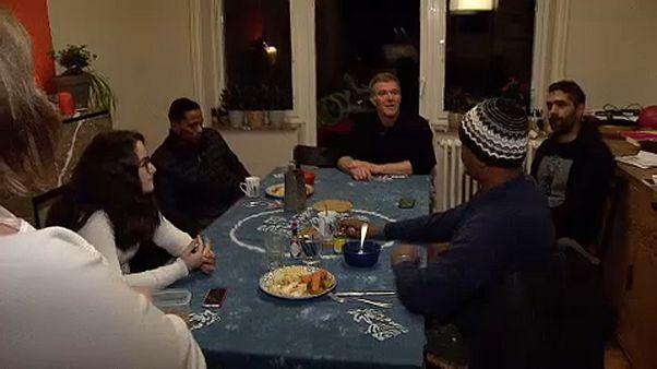 Суданские беженцы живут в бельгийской семье