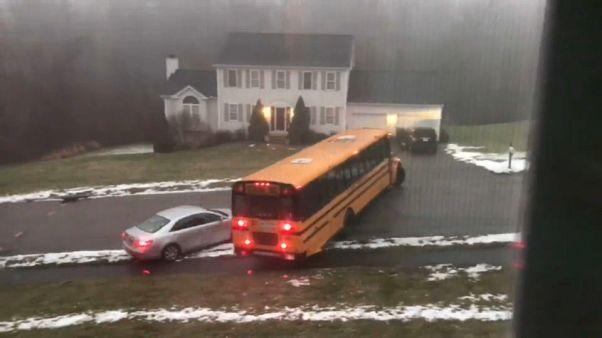 Un bus qui perd le contrôle.