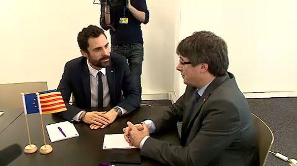 Экс-глава Каталонии встретил в Брюсселе её спикера