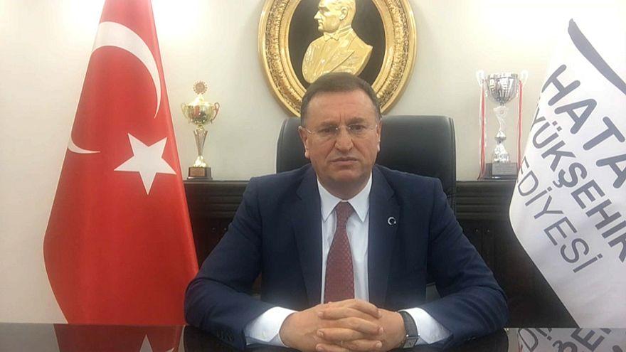 لوتفو سافاس، محافظ هاتاي التركية الحدودية (مع سوريا)