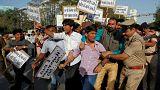 تظاهرات هندوها علیه فیلم تاریخی جنجالی به خشونت کشیده شد