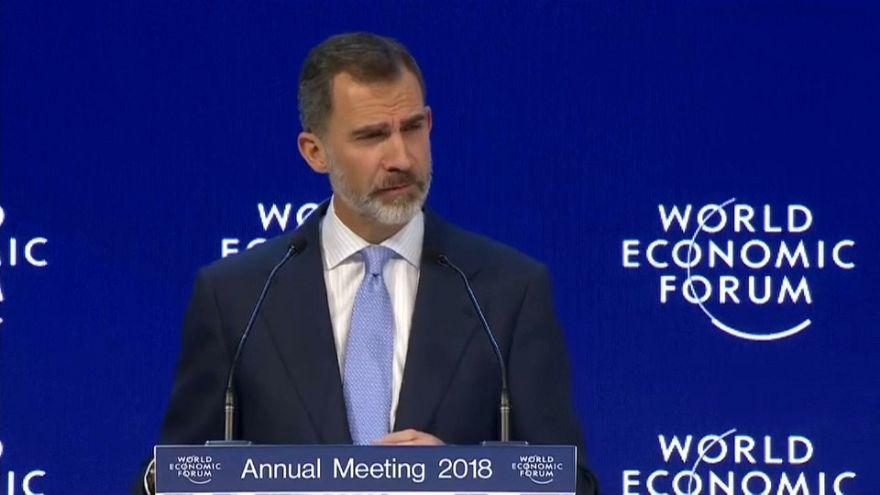 Felipe VI defiende Europa y la Constitución española en Davos