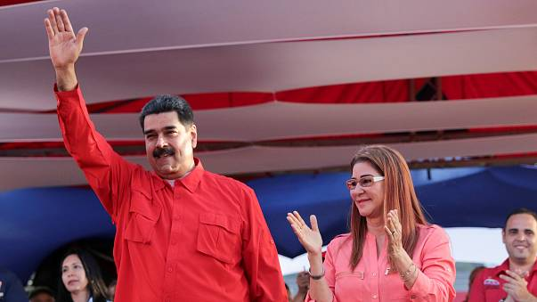Críticas en Venezuela tras la candidatura oficial de Maduro y el adelanto de elecciones