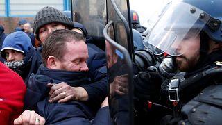 Prisons : 11 jours de blocage, reprise des négociations après les menaces
