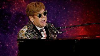 """Il """"finto"""" addìo di Elton John"""
