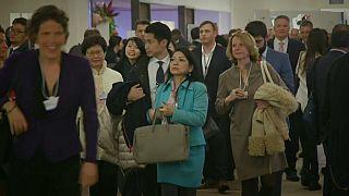 منتدى دافوس.. نساء العالم يتذمرن بشأن عدم المساواة في الأجور بين الجنسين