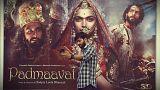 هندوهای معترض به اکران فیلم تاریخی «پدماوتی» به اتوبوس مدرسه حمله کردند