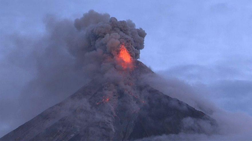 بركان جبل مايون في الفلبين