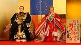 Japon : Merkel et Macron en poupées