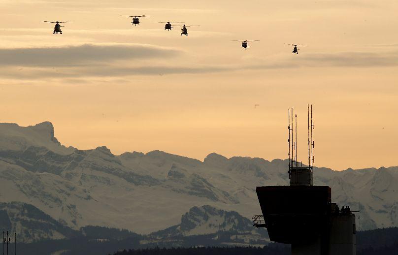 Gli elicotteri in arrivo con il Presidente Trump