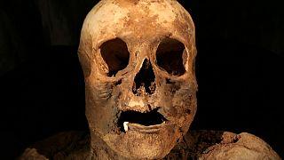 Encontrada una momia emparentada con Boris Johnson