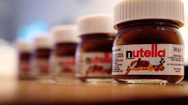 Francia, paura e delirio al supermercato per la Nutella a -70%