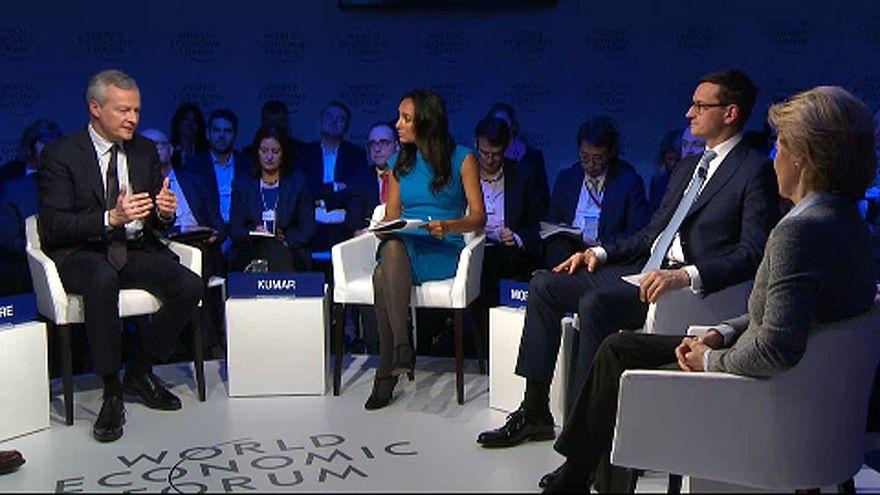 Magyarország is szóba került Davosban