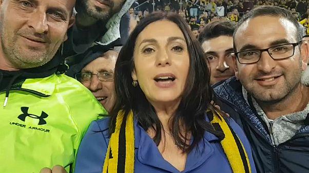 انتقاد از وزیر ورزش اسرائیل بدلیل عدم واکنش به شعارهای «ضد عرب» هواداران فوتبال