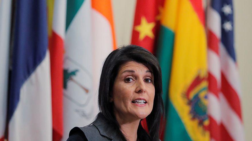 نيكي هيلي تفتح النار على الرئيس الفلسطيني