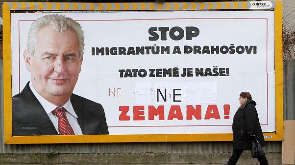 """""""Stoppen Sie Migranten und Drahos. Dieses Land gehört uns!"""""""