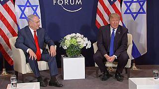 Trump amenaza con cortar las ayudas económicas a los palestinos