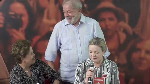 Lula sempre in testa ai sondaggi ma