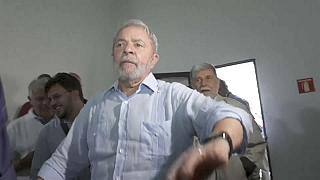Lula impedido de sair do Brasil