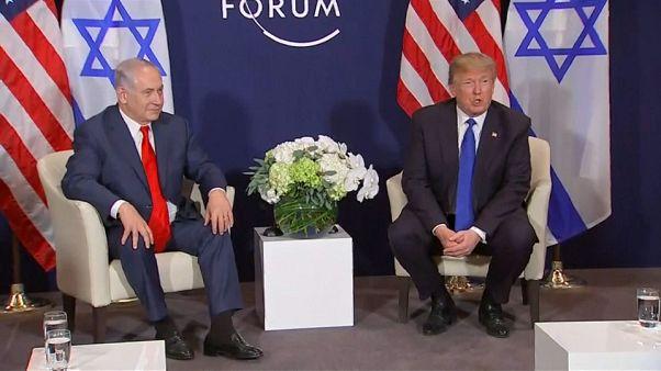 Trump avverte la Palestina: se non vi siedete al tavolo per la pace tagliamo aiuti
