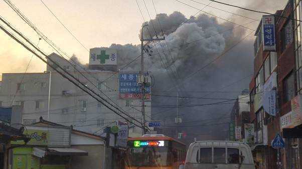 Südkorea: Mehr als 30 Tote bei Brand in Krankenhaus