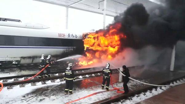 Feuer im Zug: Am Mittag war ein erster Notruf eingegangen.