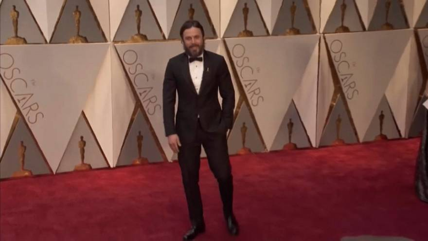 Casey Affleck pulls out of presenting Oscars best actress award