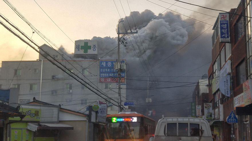 Corea del Sud, rogo in ospedale: 41 morti, decine di feriti
