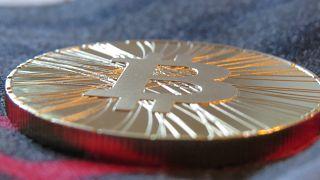 Nihat Zeybekci: Vatandaşlarımız Bitcoin'den uzak dursun
