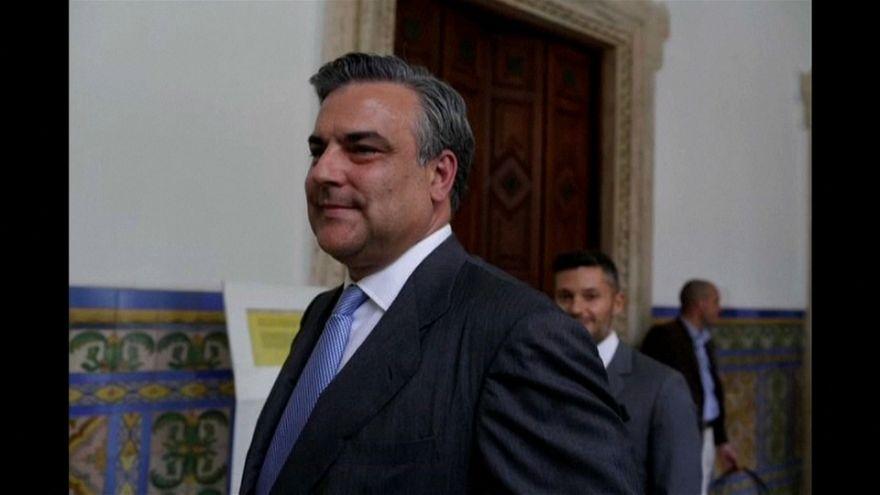 España da 72 horas al embajador venezolano para que abandone el país