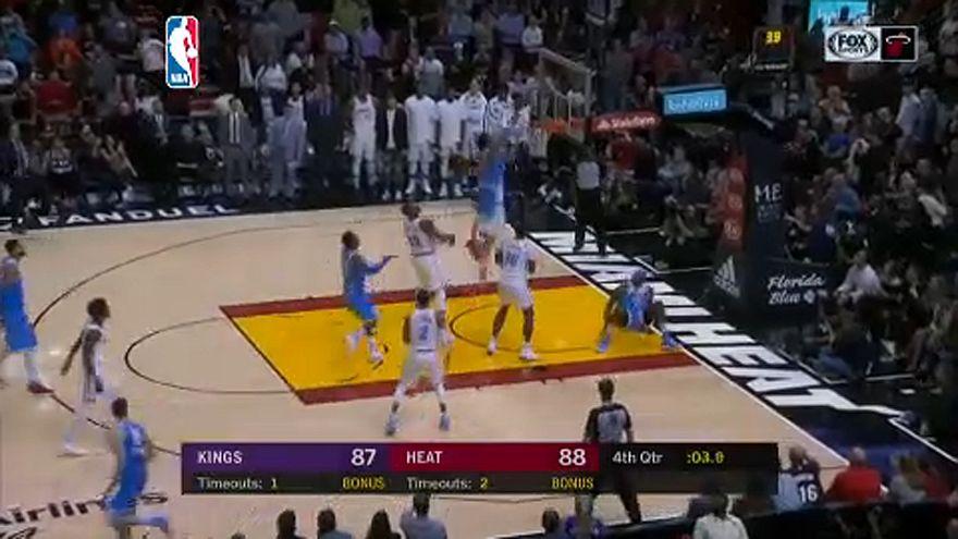 NBA: Fordítás pillanatokkal a vége előtt