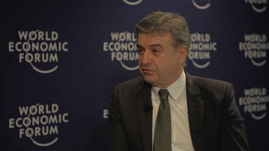 Arménia aposta em agenda de reformas