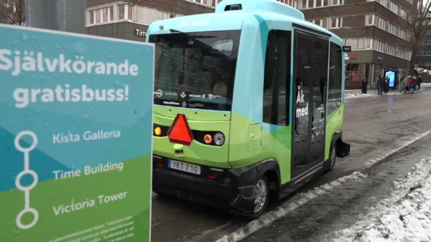 Los vehículos sin conductor, a debate en Davos