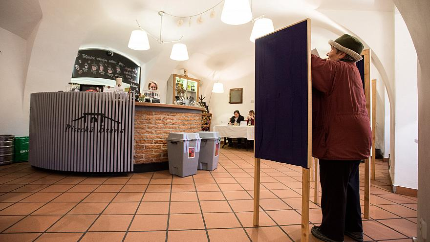 Präsidentschaftswahl: Tschechien ist gespalten