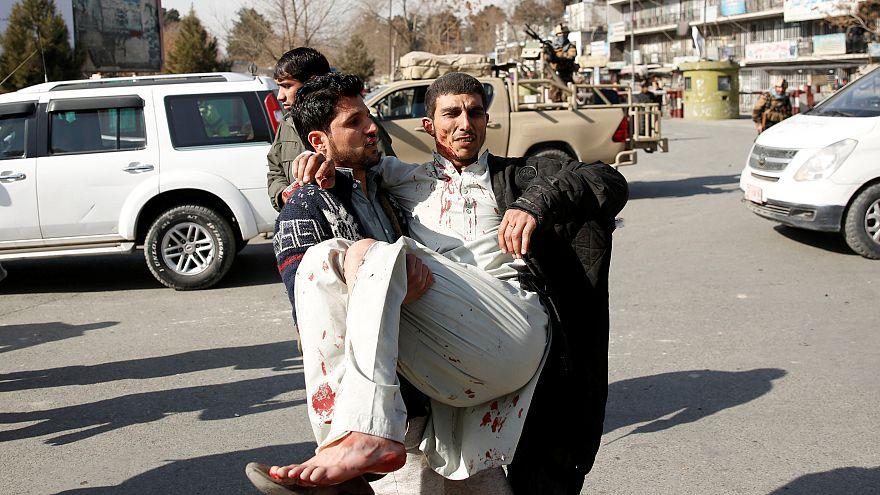Talibãs lançam novo ataque mortal em Cabul