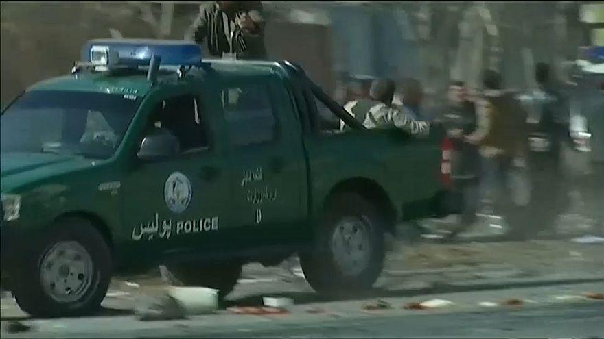 Mehr als 95 Tote bei Taliban-Anschlag in Kabul