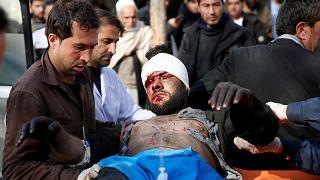 Τουλάχιστον 95 οι νεκροί, πάνω από 150 οι τραυματίες στην Καμπούλ