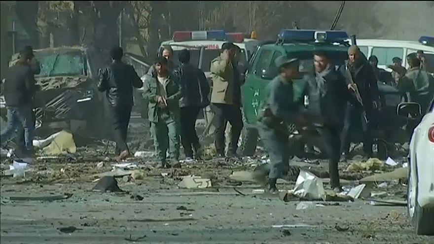 Suicide bombing rocks Kabul