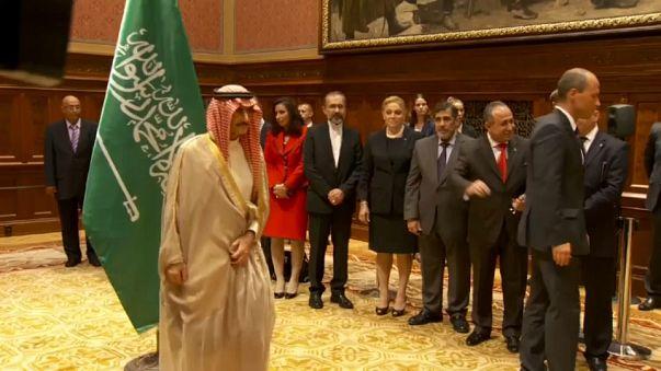 El príncipe saudí Al Waleed bin Talal recupera la libertad