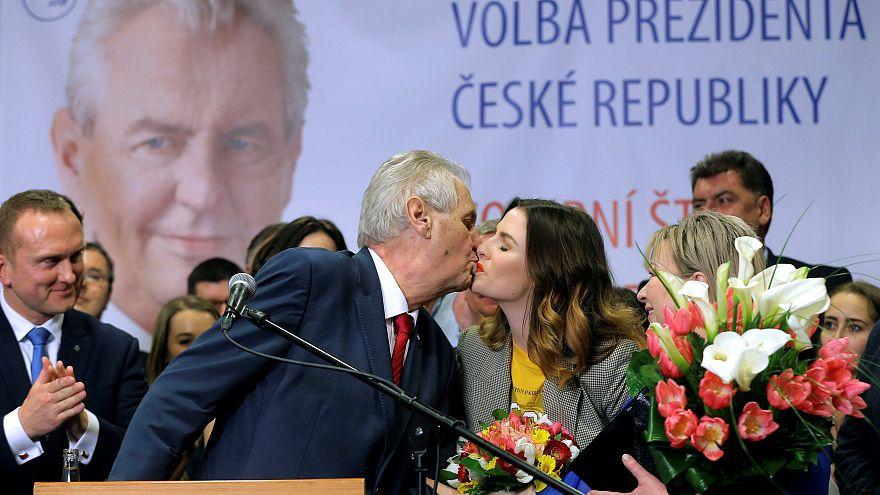 Milos Zeman rempile pour un second mandat