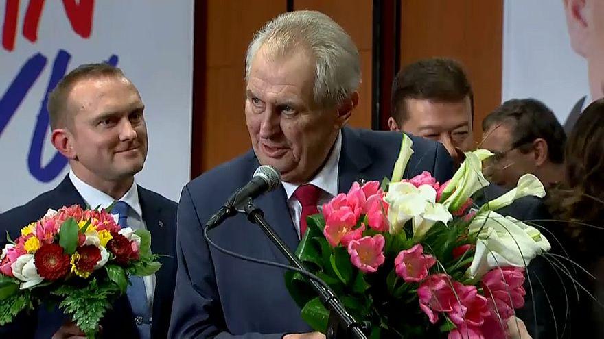 Milos Zeman bleibt tschechischer Präsident