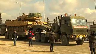 Újabb tankokat küld Törökország Szíriába a kurd erők ellen