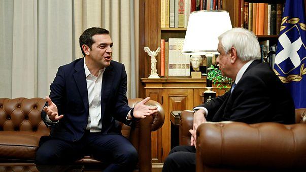 Makedonya ile müzakerelere Yunan muhalefetinden tepki
