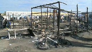 Italien: Eine Tote bei Brand in illegalem Flüchtlingslager