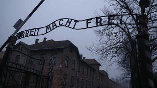 Άουσβιτς: Τελετή Μνήμης για τα θύματα του Ολοκαυτώματος