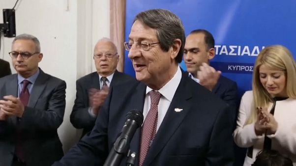 Anastasiadis favorito en la primera ronda de las presidenciales chipriotas
