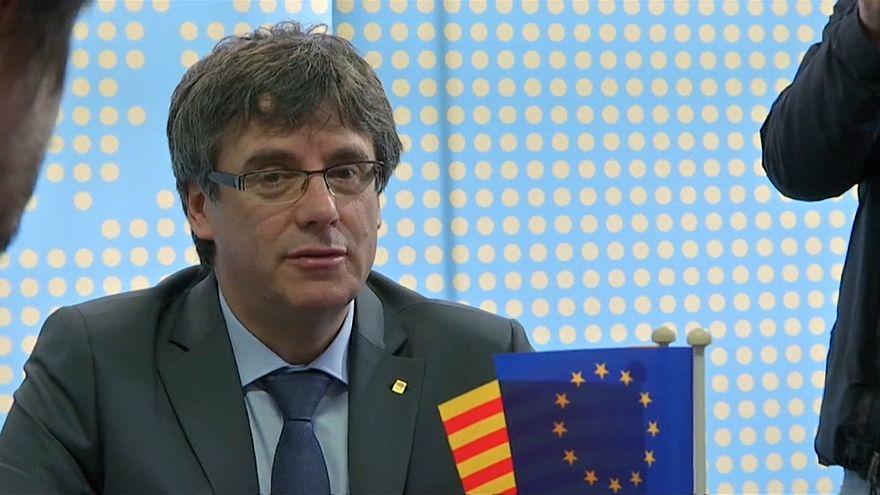 """Corte Costituzionale spagnola: """"Puigdemont torni in Spagna se vuole essere eletto"""""""