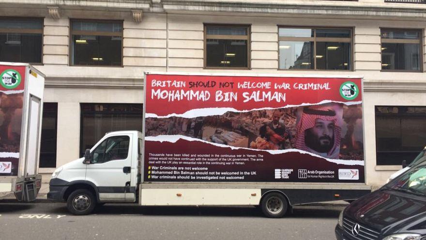 شاحنة في لندن ضمن حملة للتنديد بزيارة ولي العهد السعودي محمد بن سلمان